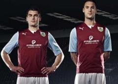 burnley-fc-2013-14-home-kit-6