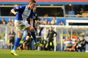 Birminghams-Federico-Macheda-scores-the-second-goal-6894139